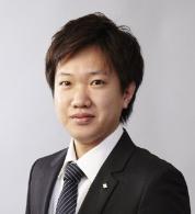 横川 彰久
